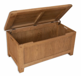 Melbourne Country Solid Oak Blanket Box